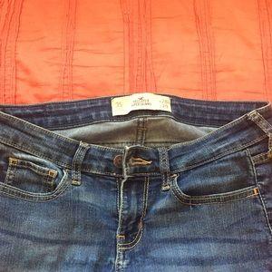 Hollister Super Skinny Jeans 3 short